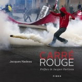 CARRÉ ROUGE